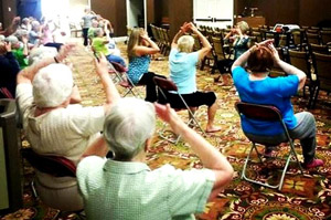 Active Seniors Do Tai Chi Easy